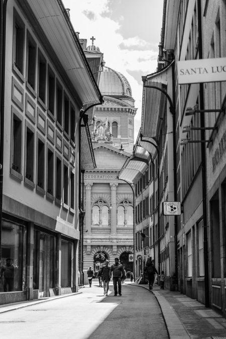 Blick auf das Bundeshaus in Bern